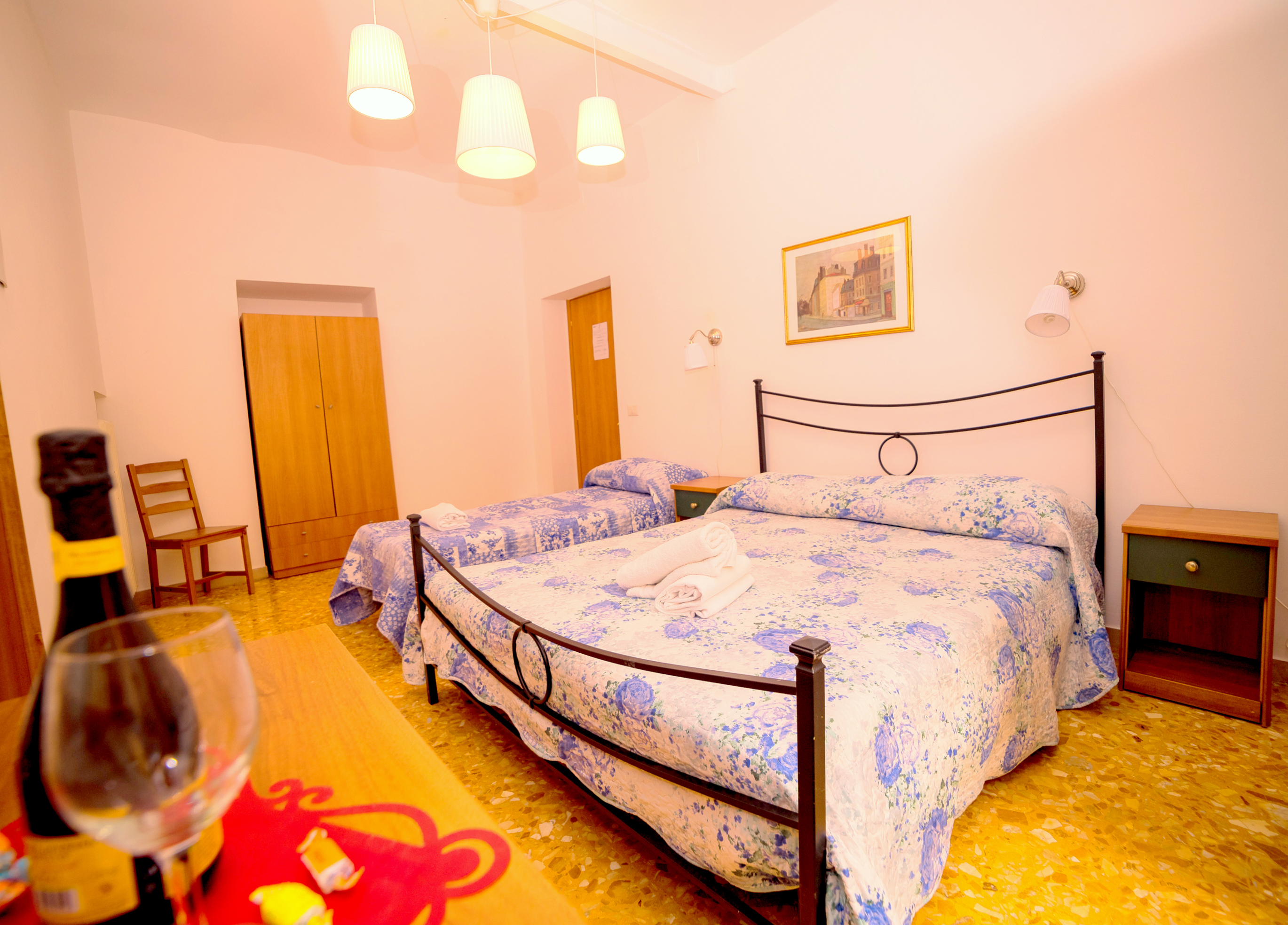 Double Room private bathroom | A Casa Simpatia | Via Nino Bixio 41
